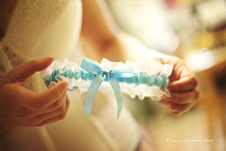 Hochzeitsbilder Ankleiden